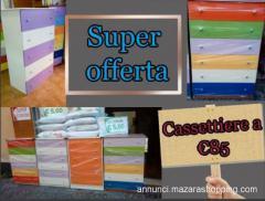 Cassettiere colorate