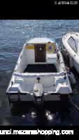 Vendo barca ligni semicabinato mt 4.60 con motore Yamaha 25cv 2 tempi e carrello omologato
