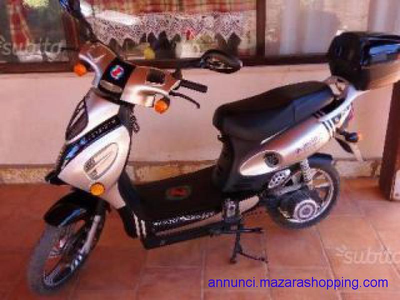 scuter elettrico  bici elettrica